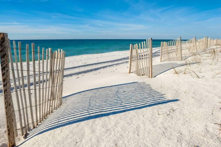 A sandy beach in Gulf Shores
